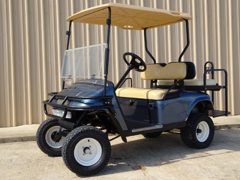 2004 EZ-GO TXT Golf Cars